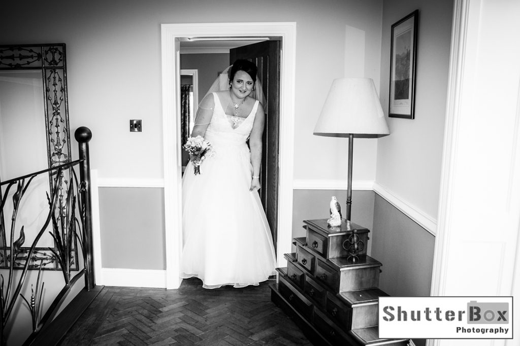 gavin-lauren-wedding_124_copy-right_shutterbox-photography-bw-2_copy-right_shutterbox-photography_stamford_studio_photographer_lyndsay-ford_facebook_colour